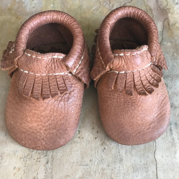 7a473372295 Freshly Picked Other - Freshly Picked brown leather baby moccasins size 1